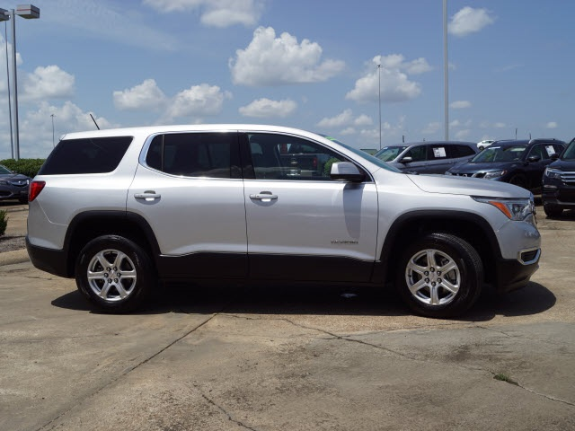 Pre-Owned 2017 GMC Acadia SL